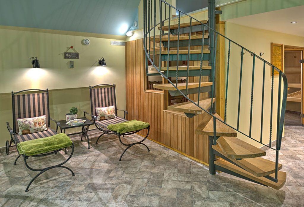 pool-und-sauna-2